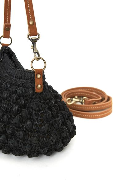 bolsa-mini-corossol-preto-tamanho-U-