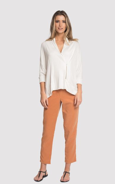 blusa-assimetrica-ziper-off-white-tamanho-G-Frente