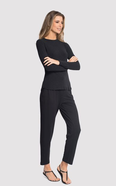 blusa-manga-gola-redonda-preto-tamanho-P-Frente