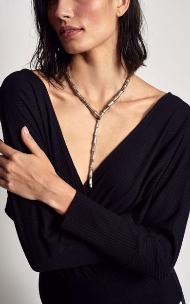 colar-bambu-niquel-tamanho-U-Costas