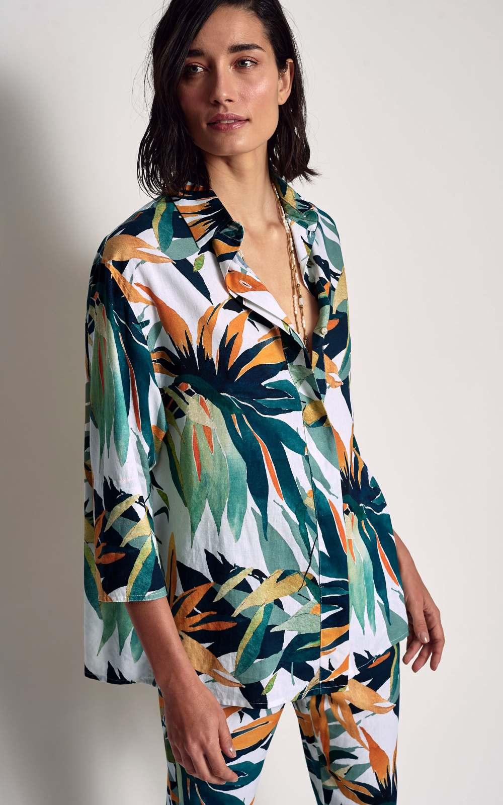 4c963e2f18 Camisa Linho Estampa Bromélia - Lenny Niemeyer