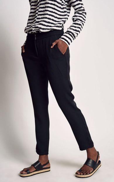calca-leblon-preto-tamanho-36-Costas