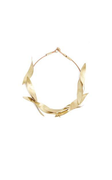 colar-folhagem-ouro-tamanho-U-Frente