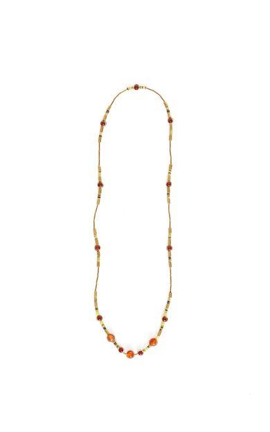 colar-coralina-ouro-velho-tamanho-U-Frente