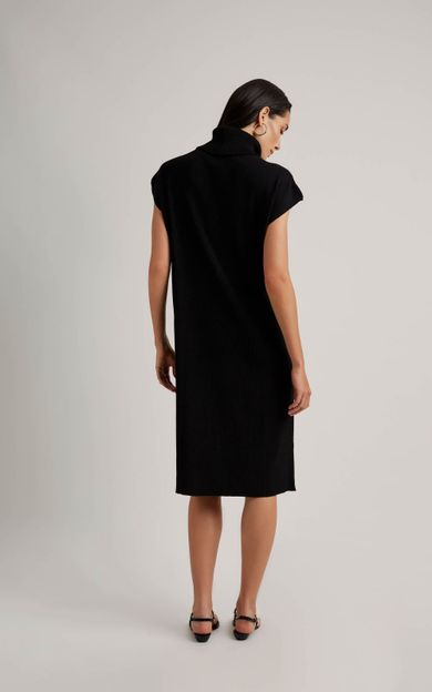 vestido-gola-tricot-preto-tamanho-P-Costas